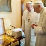 Festeggiati 91 anni di Benedetto XVI