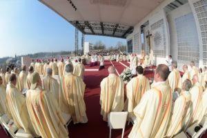 SS. Francesco - Visita Pastorale Milano-Santa Messa Parco di Monza  25-03-2017   @Servizio Fotografico - L'Osservatore Romano