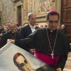 El Salvador in festa per i 100 anni della nascita di mons. Romero