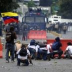 Il papa chiede pace in Venezuela