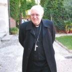 Mons. Nosiglia: la scuola educante al bene comune