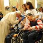 Papa Francesco: il disabile è persona
