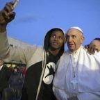 Il papa per la Giornata ONU dedicata ai rifugiati: responsabilità ed umanità