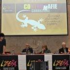 Papa Francesco: lottare contro la corruzione
