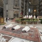 Papa Francesco ai vescovi: custodire il gregge