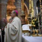 Gerusalemme: mons. Pizzaballa invita a non temere la morte