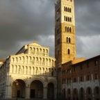 Da Lucca mons. Castellani invita a collaborare nel servizio ai poveri