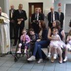 Il papa a Dublino: la famiglia è unica