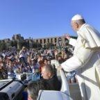 Il papa ai giovani: correte verso i sogni