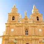 Malta: i vescovi invitano a costruire le case sulla roccia