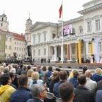 In Lituania papa Francesco invita a sperimentare la misericordia