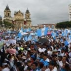 Mons. Calderón (Guatemala): 'Governo consolida i ladri, i corrotti e i narcos'