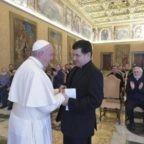 Il papa agli scalabriniani: sentitevi migranti