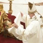 Papa all'Angelus: Dio è un padre buono ed accogliente