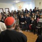 Il papa in visita alla parrocchia: la lingua conduce alla guerra