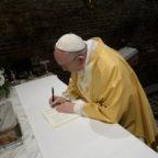 Il papa a Loreto invita al sì di Maria