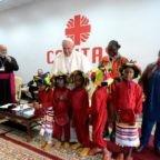 Papa in Marocco: la persona ha diritto al futuro