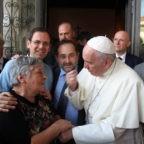 Papa Francesco: la carità è strumento dell'amore di Dio