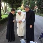 Benedetto, il primo Papa emerito, intervista a Rosario Vitale autore di uno studio giuridico