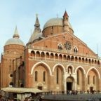 Padova festeggia sant'Antonio con la solidarietà