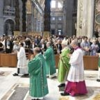 Il papa invita a collaborare alla salvezza di Dio