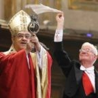 A Napoli si è sciolto il sangue di san Gennaro
