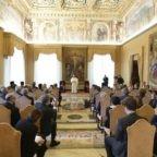 Papa Francesco: sport e musica creano ponti