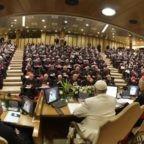 Papa Francesco al Sinodo: camminare insieme