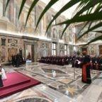 Papa ai cappellani militari: formare coscienze di pace