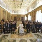 Papa Francesco ad 'Aggiornamenti Sociali': raccontare la realtà