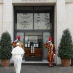 ++++ Domus Sanctae Marthae, la residenza di Papa Francesco a rischio quarantena ++++