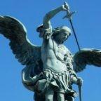 M † A, intercede per noi - Il soldato di Cristo sta in piedi nella casa del Signore - I.H.S.V., sotto questo segno vinceremo