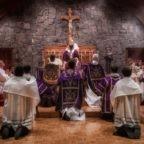 """A proposito del questionario sul Motu Proprio """"Summorum Pontificum"""""""