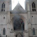 A fuoco la Cattedrale di Nantes