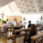 Il papa invita a riconoscere il volto del Signore