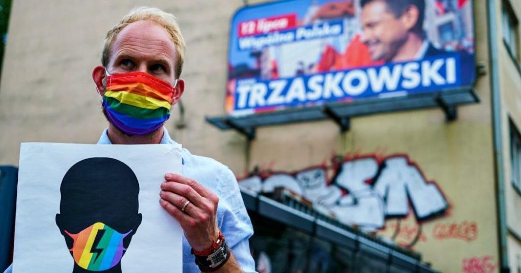 La Polonia resta nazionalista: Duda vince elezioni presidenziali