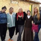 """Papa Francesco scrive a una suora argentina che aiuta le transessuali: """"Prego per te, Dio vi ripagherà"""""""