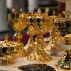 Devotio:  riparte il mercato degli articoli religiosi