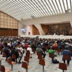Papa Francesco: la preghiera è la scuola della vita