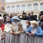 """""""Ecco il bilancio della Curia [romana], a servizio del Papa e della missione"""". L'intervista per gli house organ della Santa Sede"""