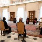Papa Francesco: la Chiesa si basa sulla preghiera