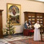 Papa Francesco: testimoniare la luce di Cristo