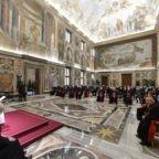 Il papa invita i catechisti a seguire il Concilio Vaticano II