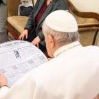 """Papa Francesco al Catholic News Service: """"Abbiamo bisogno di media che possano aiutare le persone, specialmente i giovani, a distinguere il bene dal male"""""""