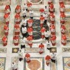 """Quasi tutti i capi dicastero della Curia Romana sono in piena età pensionabile e prorogati nei loro incarichi dal Pontefice """"donec aliter provideatur"""""""