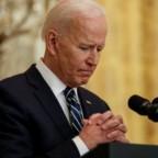 Associated Press: i vescovi statunitensi potrebbero far pressioni sul Presidente Biden a scegliere tra ricevere la Comunione o sostenere l'accesso all'aborto