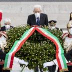 Mattarella: la Costituzione è viva