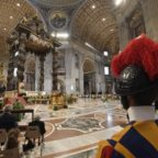 Papa Francesco invita a vedere, condividere, custodire