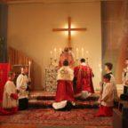 """Con """"Traditionis custodes"""" Papa Francesco tenta di ridurre drasticamente l'uso della Messa tridentina. Il testo del Motu proprio e della Lettera di accompagnamento"""