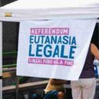 Referendum «Eutanasia legale». Pro Vita & Famiglia: «Il grande inganno dei Radicali: vogliono legalizzare l'omicidio!». Card. Bassetti: Eutanasia è antropologia nichilista e senza speranza
